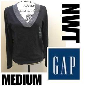 NWT GAP Medium Sweater